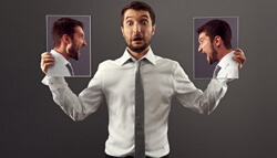Самокритика используется для оценки собственных