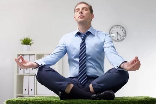 Какие симптомы проявляются при стрессе у женщин и мужчин