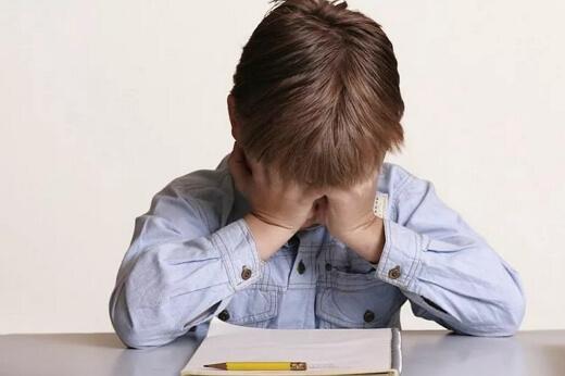 Кризис 7 лет у ребенка как распознать и что делать