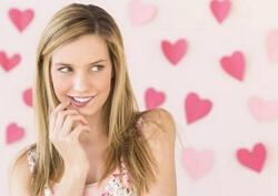 Признаки влюблённости девушки